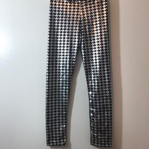Flowers By Zoe Black/Silver Leggings Sz M XC